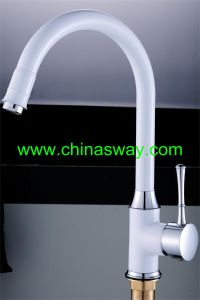 Artistic Kitchen Sink Faucet with Goose Pipe, White + Chrome (SW-09584-Q1) pictures & photos