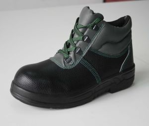 Middle Cut Standard En20345 with Stock Black Safety Shoes pictures & photos
