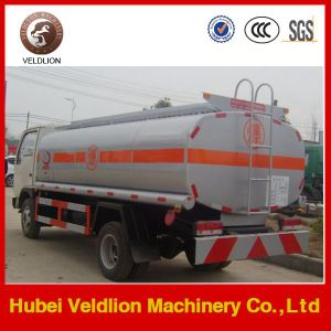 Sinotruk 6X4 20000L Fuel Refueling Tanker Truck with Oil Dispenser pictures & photos