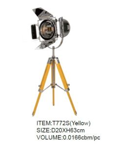 New Style Wood Tripod Desk Lighting KAT772s (yellow) pictures & photos