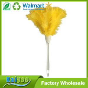 Easy Storage and Handling Yellow Turkey Feather Duster, 14-Inch pictures & photos