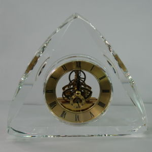 Triangle Gold Crystal Lovely Quartz Clock for Adult pictures & photos