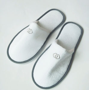 Hotel Customized Disposable Slippers with EVA Sole pictures & photos