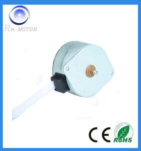 High Torque 7.5 Degree 42mm Permanent Magnet Step Motor pictures & photos