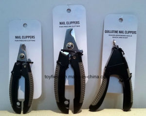 Pet Nail Clipper Trimmer Scissor Painless Dog Nail Clipper pictures & photos