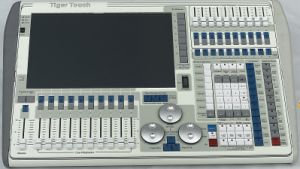 Avolite Titan Operating System DMX 512 Tiger Touch 2048CH Controller pictures & photos