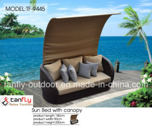 Foshan Factory Outdoor Garden Furniture Rattan Beach Sunbed with Canopy pictures & photos