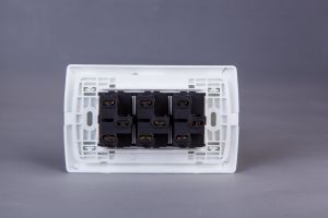 Triple Switch pictures & photos