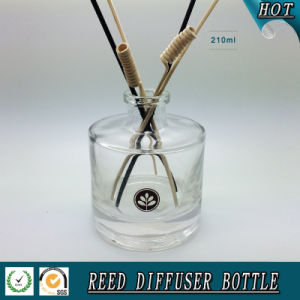200ml Empty Round Cylinder Reed Diffuser Glass Bottle pictures & photos