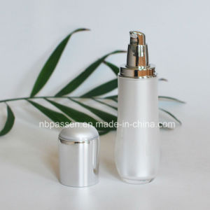New Luxury Set White/Silver Acrylic Lotion Bottle for Cosmetics (PPC-NEW-109) pictures & photos