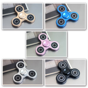 Anti Stress Plating Fingertip Gyro Hand Spinner Triangle Gyro Toy pictures & photos