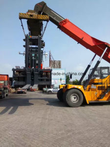 Brand New Material Handle Forklift 30ton Heavy Forklift, Diesel Engine Container Forklift pictures & photos