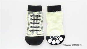 Customized Knitting Pet Socks Anti Skid Rubber Dog Socks pictures & photos