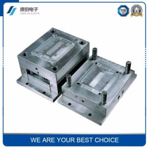 Plastic Collapsible Core 32mm Tee Mould pictures & photos