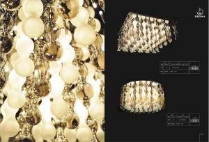 Glass Chandelier Lamp Pendants Lighting (SL29174-12) pictures & photos