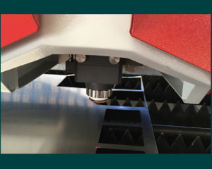 Metal Laser Cutting Machine 500W (FLS3015-500W) pictures & photos
