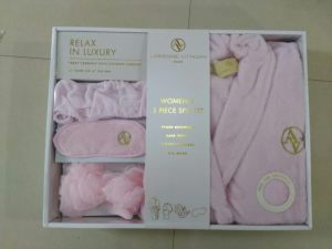 Relax in Luxury Women′s 5 Piece SPA Set pictures & photos
