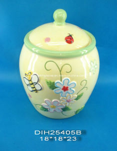 Hand-Painted Ceramic Storage Jar with Butterfly Decoration pictures & photos