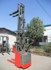 Curtis Controller Electric Pallet Stacker with Lifting Height 4500mm pictures & photos