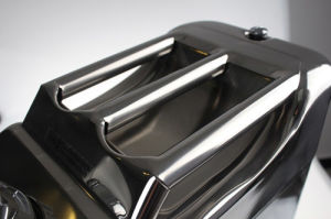 304 Stainless Steel Jerry Can 30L Water/Fuel Storage Motorbike Boat 4WD pictures & photos