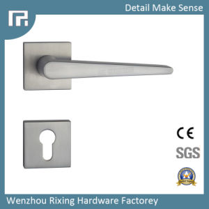 Door Handle High Quality Zinc Alloy Handle (RXR002) pictures & photos