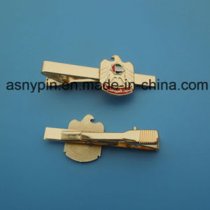 UAE National Day Logo Falcon Tie Clip in Gold Color pictures & photos