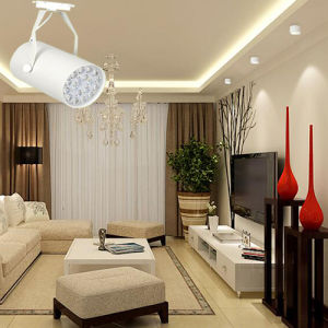 Most Popular 5W/7W/9W/12W LED Track Lighting for Store/Shop Lighting pictures & photos