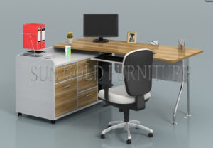 Modern Premium Soho Office Computer Desk with Steel Leg (SZ-OD556) pictures & photos