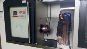 Slant Bed CNC Lathe with Inclined Guide Rail (HTC36) pictures & photos