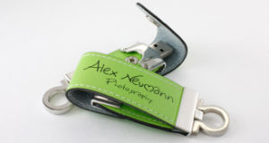 Classy Leather USB Flash Drive (ALP-027U-1) pictures & photos