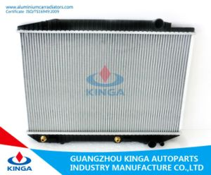 Top Brand Aluminium Car Radiator for Benz W126 / 560se ′ 79 pictures & photos