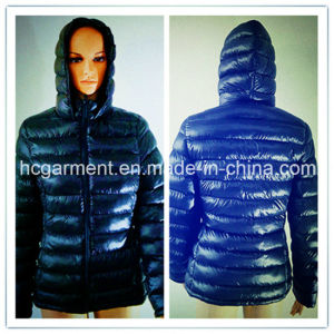 Outdoor Clothes Down Warm Winter Hoodie Jacket for Women/Lady pictures & photos