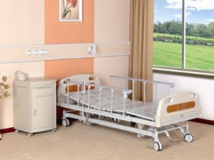 High Quality Five Functions Electric Medical Bed (XH-B-3) pictures & photos