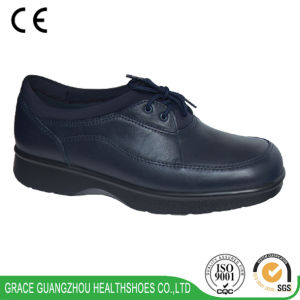 Lace up Diabetic Shoes Wide Casual Shoes Leather Comfort Shoes pictures & photos