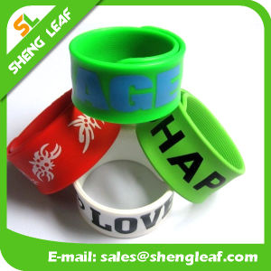 Promotional Cool Cheap Funny Kids Toy Custom Silicone Snap Wristband pictures & photos