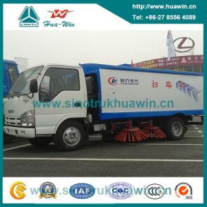Isuzu 130HP 4*2 Sanitation Road Sweeper Truck pictures & photos