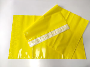 Extra Large Size Yellow Color Plastic Shipping Packing Bag with Seal pictures & photos