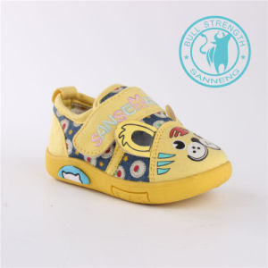 Baby Shoes Soft Injection Outsole Shoes (SNC-002024) pictures & photos