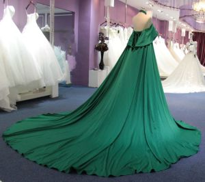 Arabic A Line Halter Wedding Evening Dress with Train pictures & photos