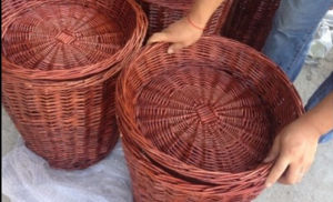 Most Popular Handmade Natural Willow Basket (BC-ST1223) pictures & photos