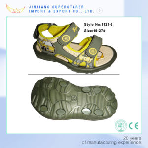2017 New Arrival Teenage Boys Open Toes Skidproof Sandals pictures & photos