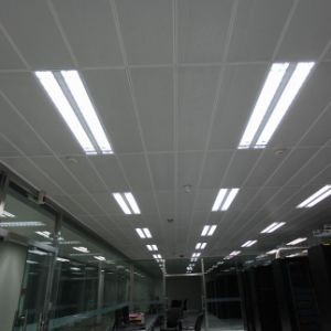 High Quality Metal Aluminum Clip-in False Ceiling with Suspended System pictures & photos