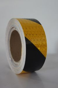 Customized Design Long Distance of Visibility White Red Reflective Tape 3 M pictures & photos