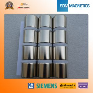 Free Samples ISO/Ts 16949 Certificated N52 Strong Powerful Neodymium Cylinder Magnets pictures & photos