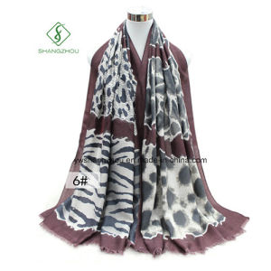 New Fashion Lady Scarf with Leopard Printed Satin Shawl pictures & photos