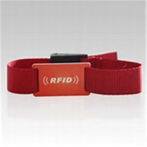 Wholesale Fabric RFID Silicone Wristband Gift pictures & photos