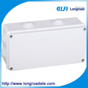 China Manufacturer of Distribution Box/Electrical Distribution Box pictures & photos