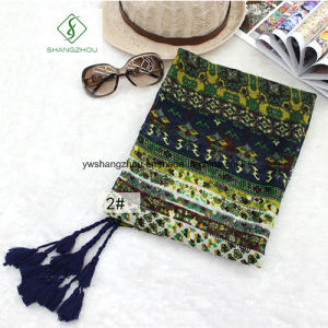 New Design Shawl National Style Hijab Tassel Fashion Beach Scarf pictures & photos