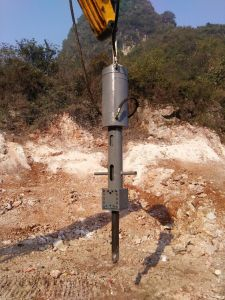 Excavator Driven Big Power Hydraulic Rock Splitter pictures & photos