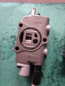 Nichiyu Forklift Hydraulic Control Valves with Control Rod Accessories for Increase pictures & photos